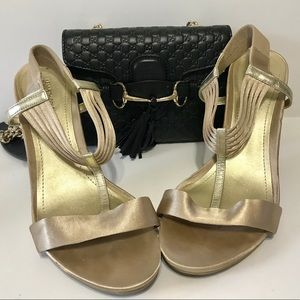KENNETH COLE GOLD STAIN HEELS